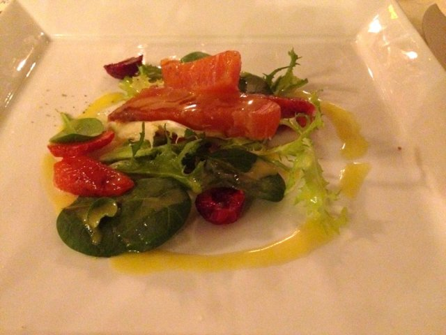 Salmon lightly smoked with agrumes and wild berries