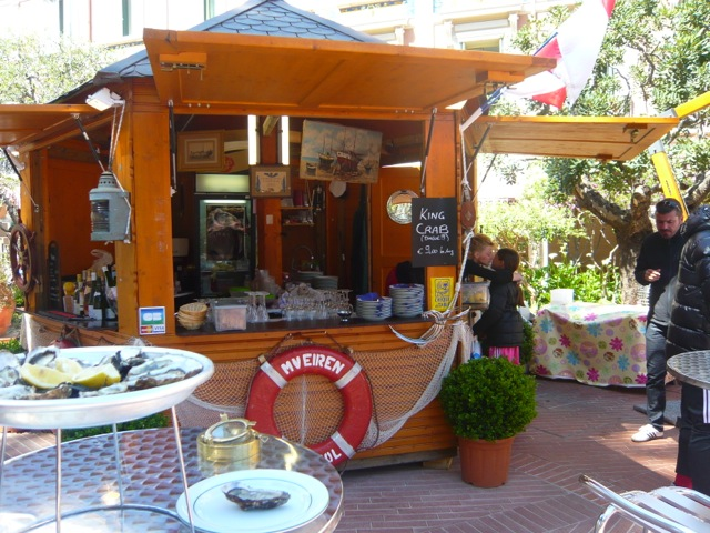 Oyster kiosk and chairs and tables